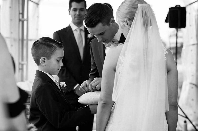 Balgownie Estate Weddings, Balgownie Estate Wedding Photos, Balgownie Estate Yarra Valley, Yarra Valley Wedding Photographer, Sally Huges Celebrant, Allure Productions
