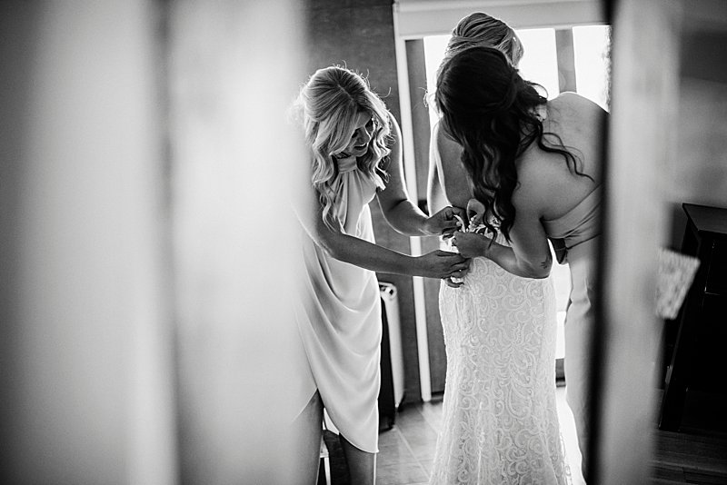 Immerse Winery Wedding, brides prep, wedding combi, immerse winery, winery wedding, yarra valley wedding photographer, yarra valley weddings, wedding dress