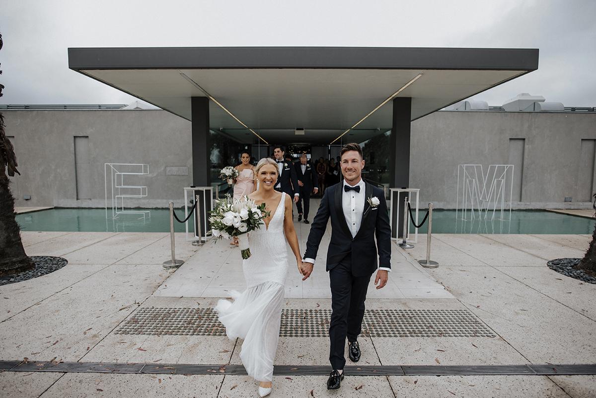 Carousel Wedding Photography, Carousel Albert Park, Carousel Wedding Photos, Carousel Wedding Photographer, City Wedding, Albert Park Wedding Photos