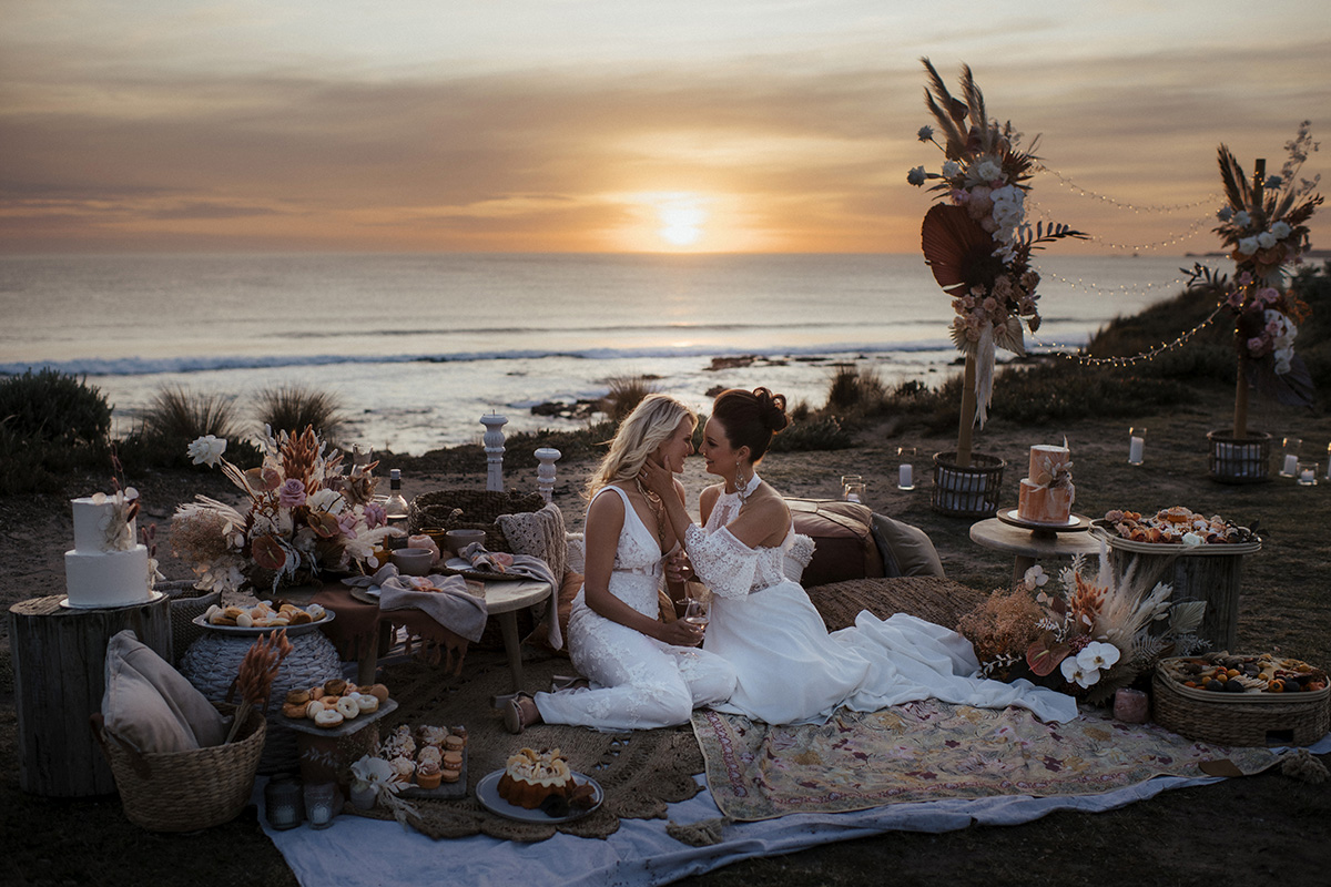 Same Sex Wedding, Cape Kitchen Styled Wedding, Same Sex Styled Wedding, Dried wedding flowers, Beach styled same sex shoot, Sunset wedding shoot